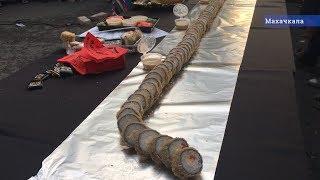 Дагестанцы разорвали 7 метровый ролл