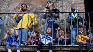 12 % итальянских детей живут за чертой бедности