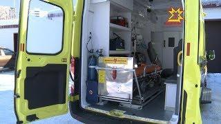 Медики Чувашии получили 2 новых автомобиля санавиации