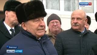 В Барнауле завершили строительство проблемного дома на Антона Петрова