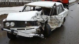 Смертельное ДТП в Башкирии: при столкновении двух авто один человек погиб, двое пострадали