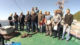Краб, трубач, минтай — улов магаданцев накануне Дня рыбака