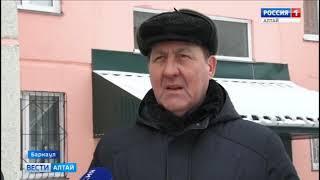 Мэр Барнаула пообещал в короткие сроки убрать снег с улиц и дворов