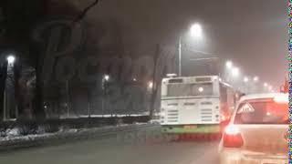 Автобус едет по встречке на Садовой 7.2.2018 Ростов-на-Дону Главный