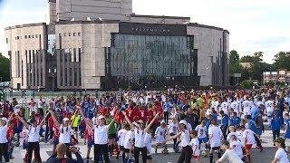 Победа сборной России: эмоции и атмосфера футбольного праздника в Пензе