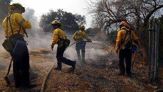 Десятки жертв пожаров в обугленной Калифорнии