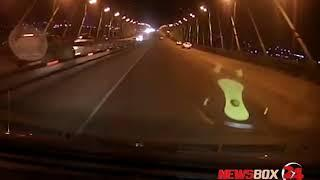Езда по встречной полосе Золотого моста едва не привела к серьезному ДТП