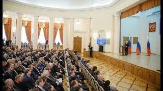 Евгений Савченко выступил с отчётом о результатах деятельности правительства области в 2017 году
