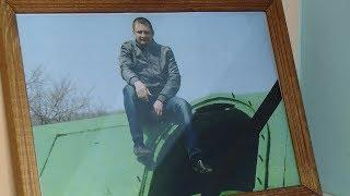 На малой родине в Новониколаевском районе вспоминают погибшего летчика Константина Назарова