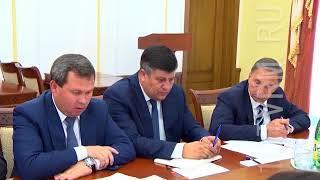 Глава региона провел совещание по вопросам ЖКХ.