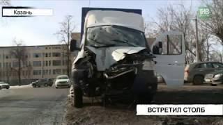 Груженая Газель на полном ходу врезалась в столб на улице Лукницкого - ТНВ