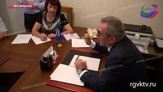 Министр здравоохранения Дагестана встретился с жителями республики