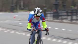 Велосипедисты на гонке памяти олимпийского чемпиона Г. Комнатова