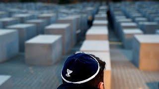 """Годовщина """"Хрустальной ночи"""", погрома евреев в европейских странах…"""