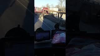 Дтп 11.11.18 Саратов Сызрань комбайн победил автовоз на парковке