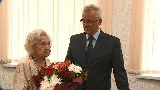 Почетный работник здравоохранения Дина Ивановна Гриль отмечает 100-летний юбилей