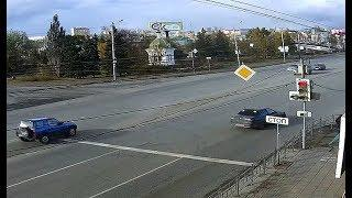 SMOTRIOMSK.RU: ул. Лермонтова, пр-т К.Маркса, ДТП