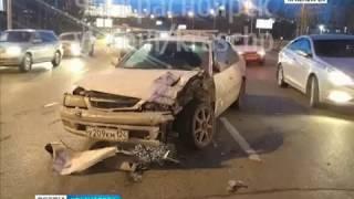 В Красноярске лихач устроил массовую аварию на Октябрьском мосту