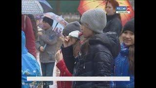«Мир! Труд! Пломбир!»: юные чебоксарцы помогли взрослым на субботнике и заработали на мороженое