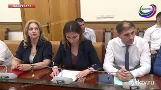 Премьер Дагестана провел совещание по вопросу образования кредиторской задолженности