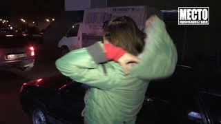 Пьяная Надя качает права с инспекторами ДПС