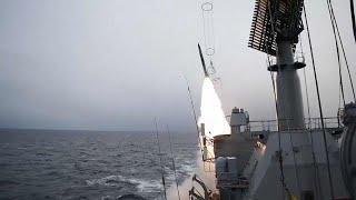Россия проводит учения в Баренцевом море