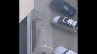 Силовики задержали мужчину с автоматом в одной из многоэтажек Ставрополя
