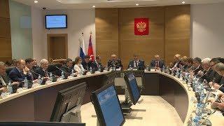 В Волгоградской областной Думе прошел парламентский час