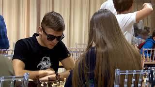 В Саратове проходит турнир по шахматам на Кубок Павла Лобача