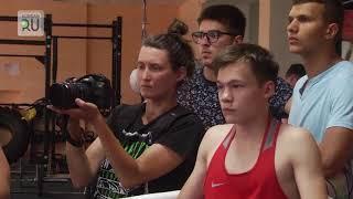 Для курганских парней провел тренировку тренер сборной США по боксу Эдвард Тухадьян