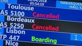 Air France продолжает массово отменять рейсы