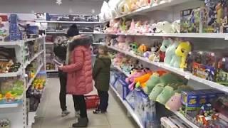Низкими ценами и огромным выбором балует биробиджанцев новый гипермаркет «Семейка»
