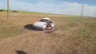 Микроавтобус столкнулся с легковушкой в Арзгирском районе