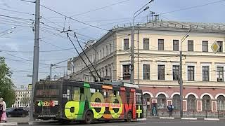 В Ярославле на Богоявленской площади упал столб
