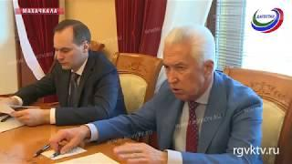 Глава РД провел встречу с врио министров здравоохранения, образования, ЖКХ и дорожного хозяйства