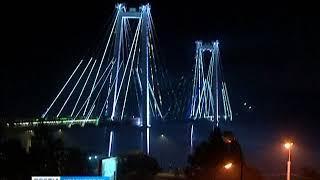В Красноярске новую подсветку на Вантовом мосту уже успели повредить