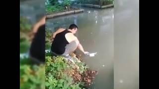 Коммунальная авария: на Большой Садовой по колено затопило двор