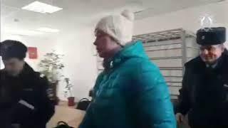 В Волгоградской области подозреваемая в детоубийстве мать подарила вещи сына подруге