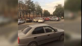 ДТП на Октябрьском мосту в Ярославле спровоцировало огромную пробку