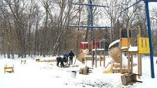 В пензенском парке завершают демонтаж детской игровой площадки