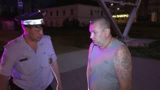 Пьяный таксист на Логане уценил новую Гранту, ул Ленина  Место происшествия 02 07 2018