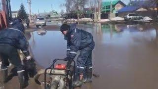 UTV. Ирек Ялалов рассказал зачем привлекать пожарных при подтоплении улиц