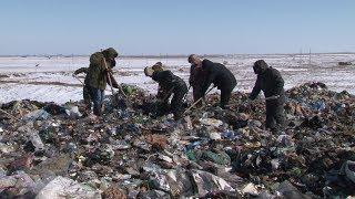 Волонтеры и следователи ищут тело убитого матерью ребенка под Волгоградом на ледяном ветру