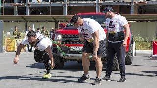 «Люди против машин»: в Сургуте соревновались самые сильные люди Урала
