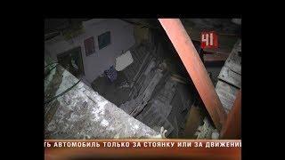 На Уралмаше рухнула крыша жилого дома