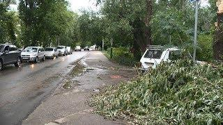 В Пензе откачивают с улиц воду и предупреждают водителей