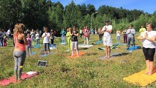 Сургутяне освоят зумбу и йогу: в городе организовали тренировки на свежем воздухе