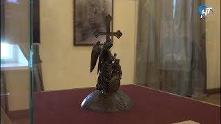 В новгородском музее работает выставка «Памятник Тысячелетию России. Взгляд сквозь столетия»