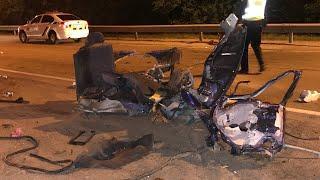 Автомобиль разорвало напополам, водитель с места происшествия скрылся