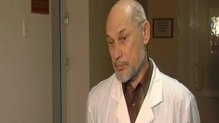 Врач детской больницы рассказал о состоянии девочки, на которую упала глыба льда
